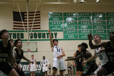 Boys basketball photo gallery vs. Newton (Photos by Reagan Cowden)