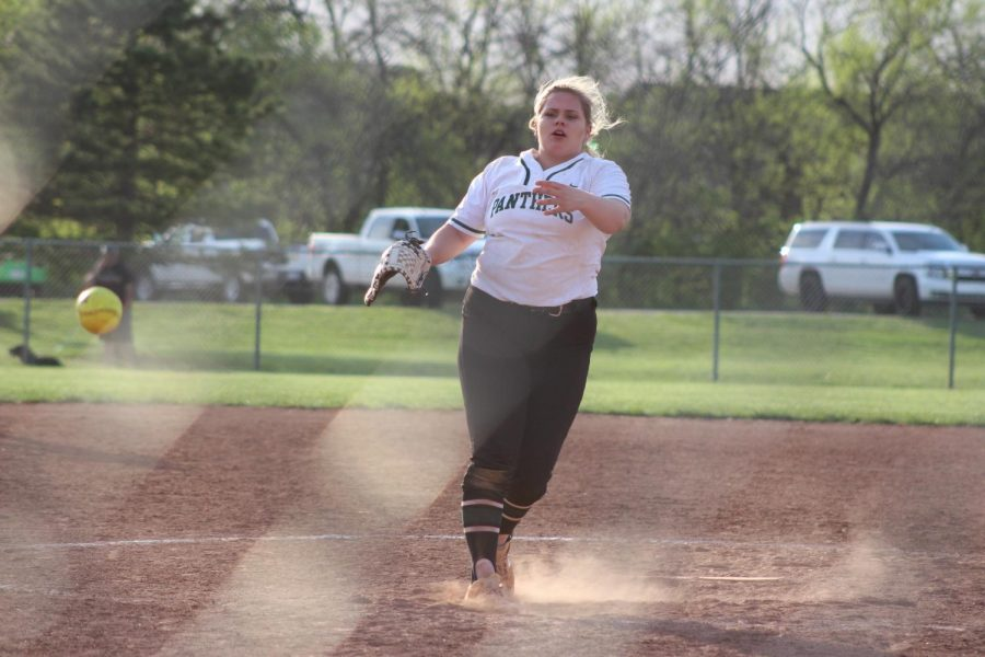 Derby Softball photo gallery (photos by Kaitlyn Strobel)