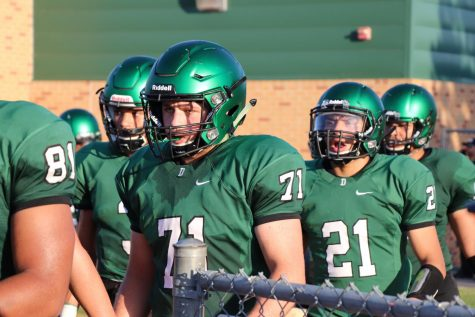 DHS Uniform Review: Football (Week 1) – Panther\'s Tale