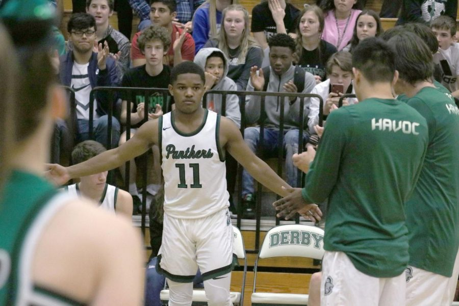 DHS Uniform Review: Boys Basketball (Home)