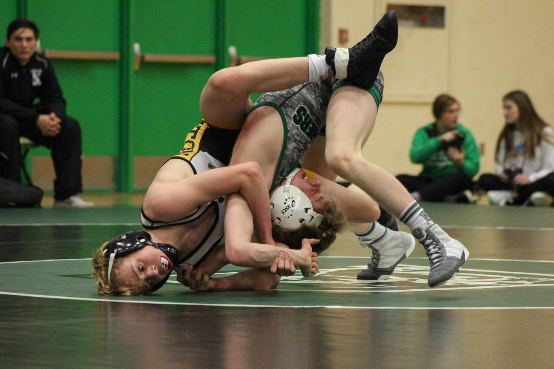 1%2F17+wrestling+dual+vs.+Newton+photo+gallery+by+Regina+Waugh