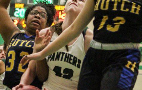 1/19 girls basketball vs. Hutch photo gallery by Regina Waugh