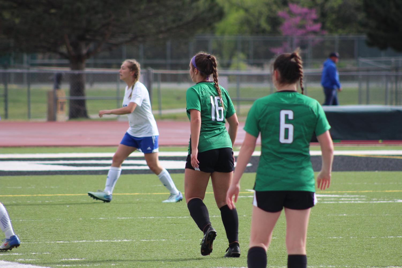 Derby+girls+JV+soccer+vs+Hutchinson+4%2F18%2F19+photos+by+Blake+Chadwick