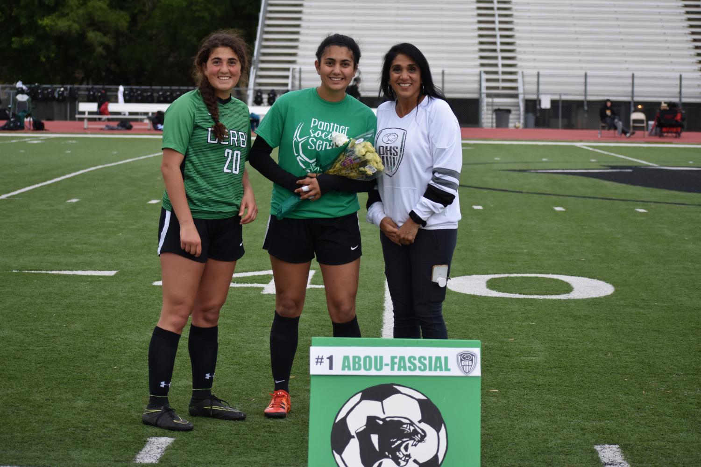 Senior+Hannah+Abou-Faissal