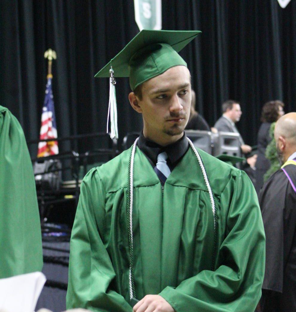 5%2F11+Graduation+photo+gallery