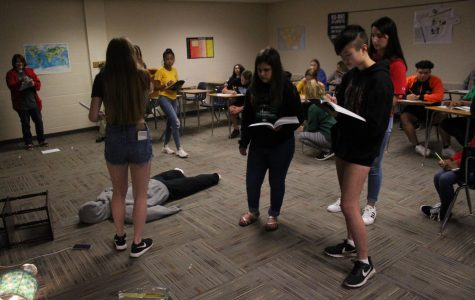Students analyze mock crime scene for BioMed (Photos by Caden Miller)