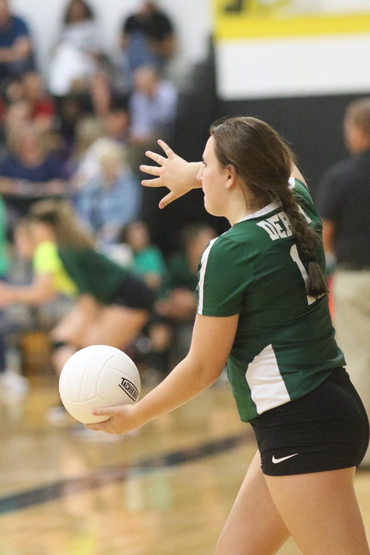 Danika+Sinclair+prepares+to+serve+the+ball.