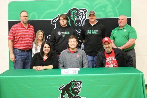 Alex Conn signs with Nebraska football