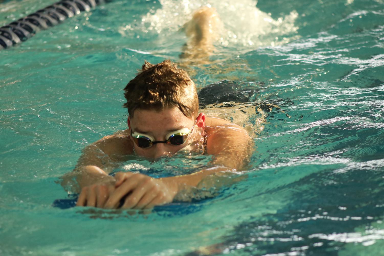 Boys+swim+practice+%28photos+by+Allison+Mehringer%29