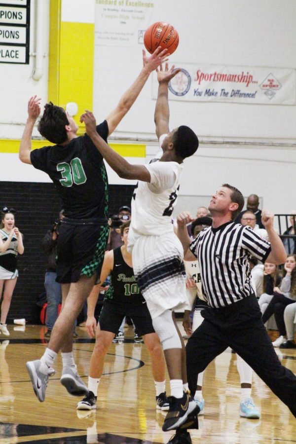 Derby+Boys+Basketball+vs.+Campus+%28photos+by+Callie+Knudson%29