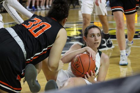 Girls varsity basketball Derby vs. Salina South (photos by Reese Cowden)