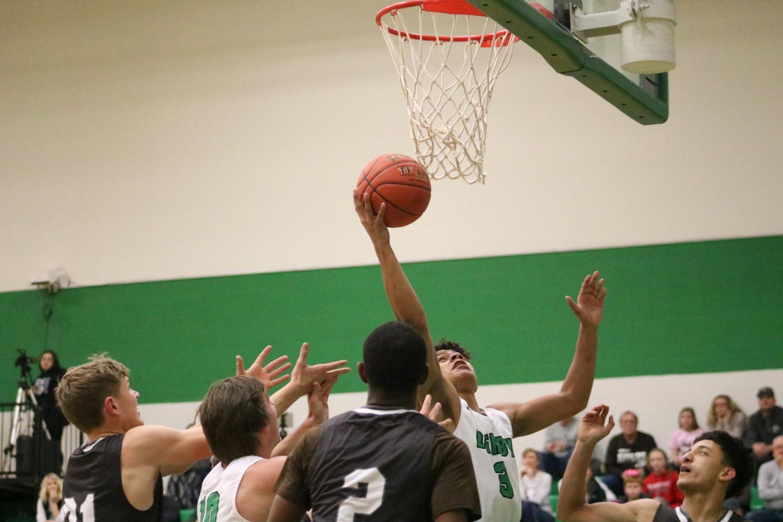 Boys+varsity+basketball+v.+Garden+City+%28Photos+by+Mya+Studyvin%29