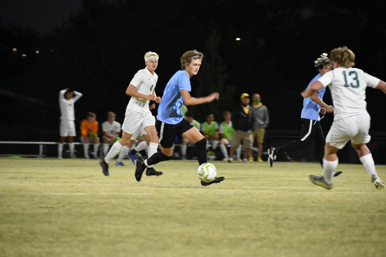 Boys+Varsity+Soccer+vs.+Bishop+Carroll+%28Photos+by+Damien+Matmanivong%29