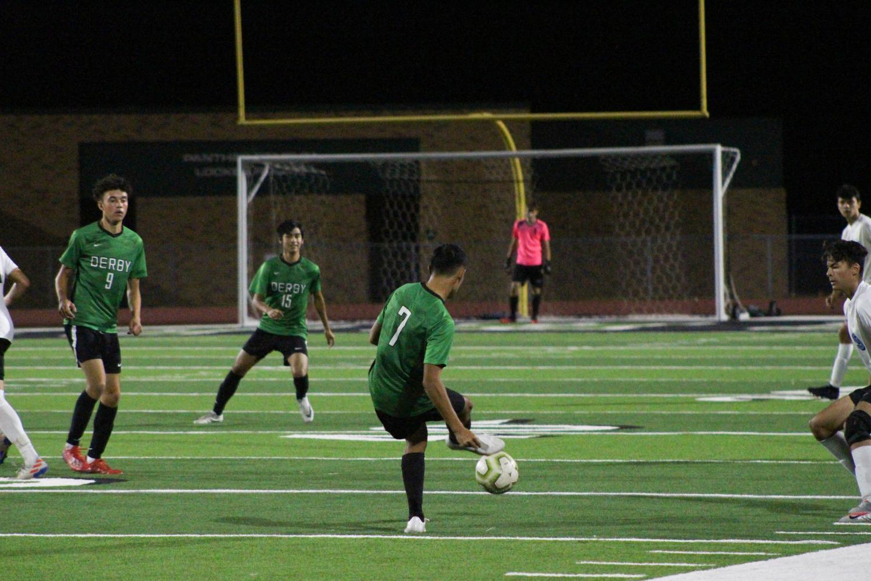 Varsity+Boys+Soccer+10%2F22+%28Photos+by+Kiley+Hale%29