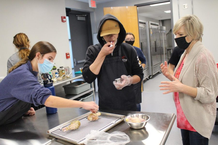 Culinary Essential Classroom Visit (Photos By Alondra Lopez)