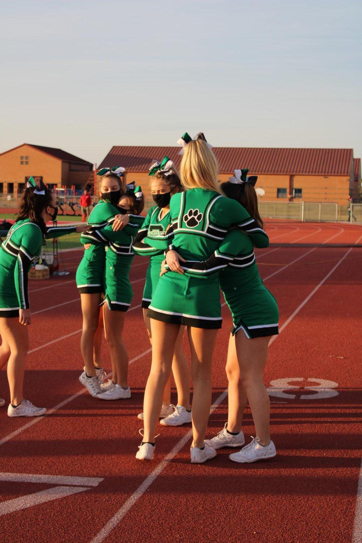 10%2F16+Varsity+Cheerleaders%28Photos+by+Josie+Nussbaum%29
