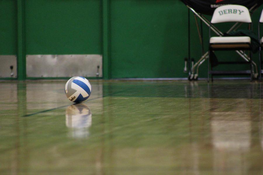 10/27 Varsity Volleyball(Photos By Josie Nussbaum)