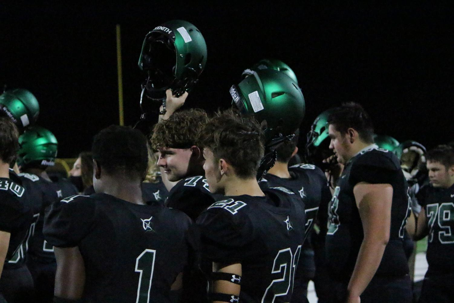Varsity+Football+Regionals+vs+Gardner+%28Photos+by+Talia+Ransom%29