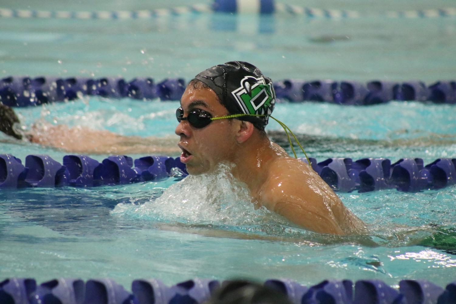 Morning+Swim+Practice+%28Photos+by+Sara+Brown%29
