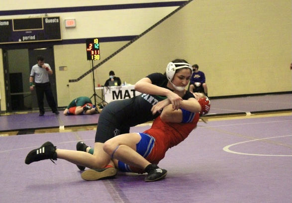 Girls+Wrestling+Valley+Center+%28Photos+by+Alondra+Lopez%29