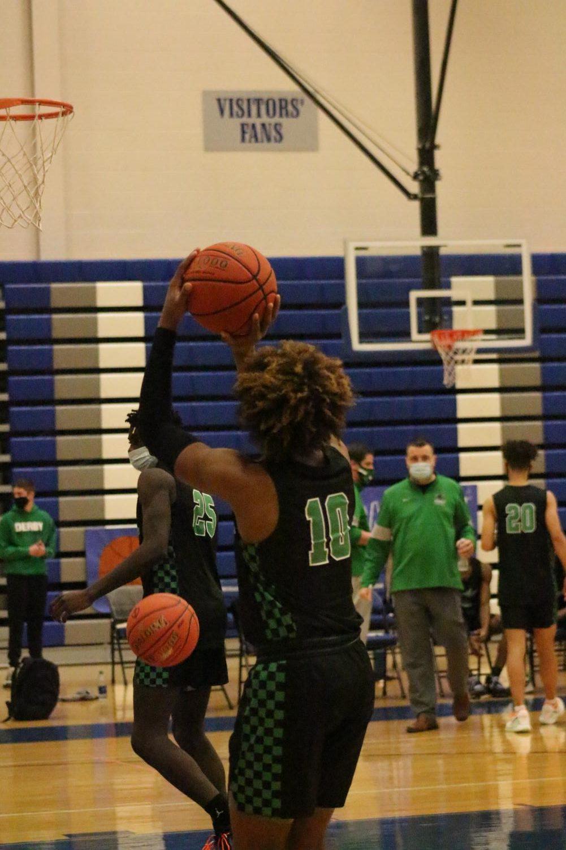 Boys+basketball+vs.+Kapaun+%28Photos+by+Janeah+Berry%29