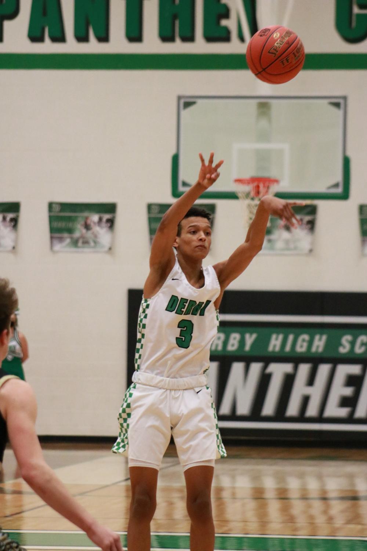JV+and+Varsity+Basketball+v.+Newton+at+home+%28photos+by+Hailey+Jeffery%29