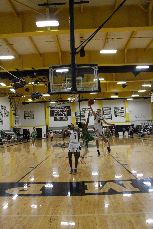 Boys+Basketball+1%2F12+%28Photos+by+Kiley+Hale%29