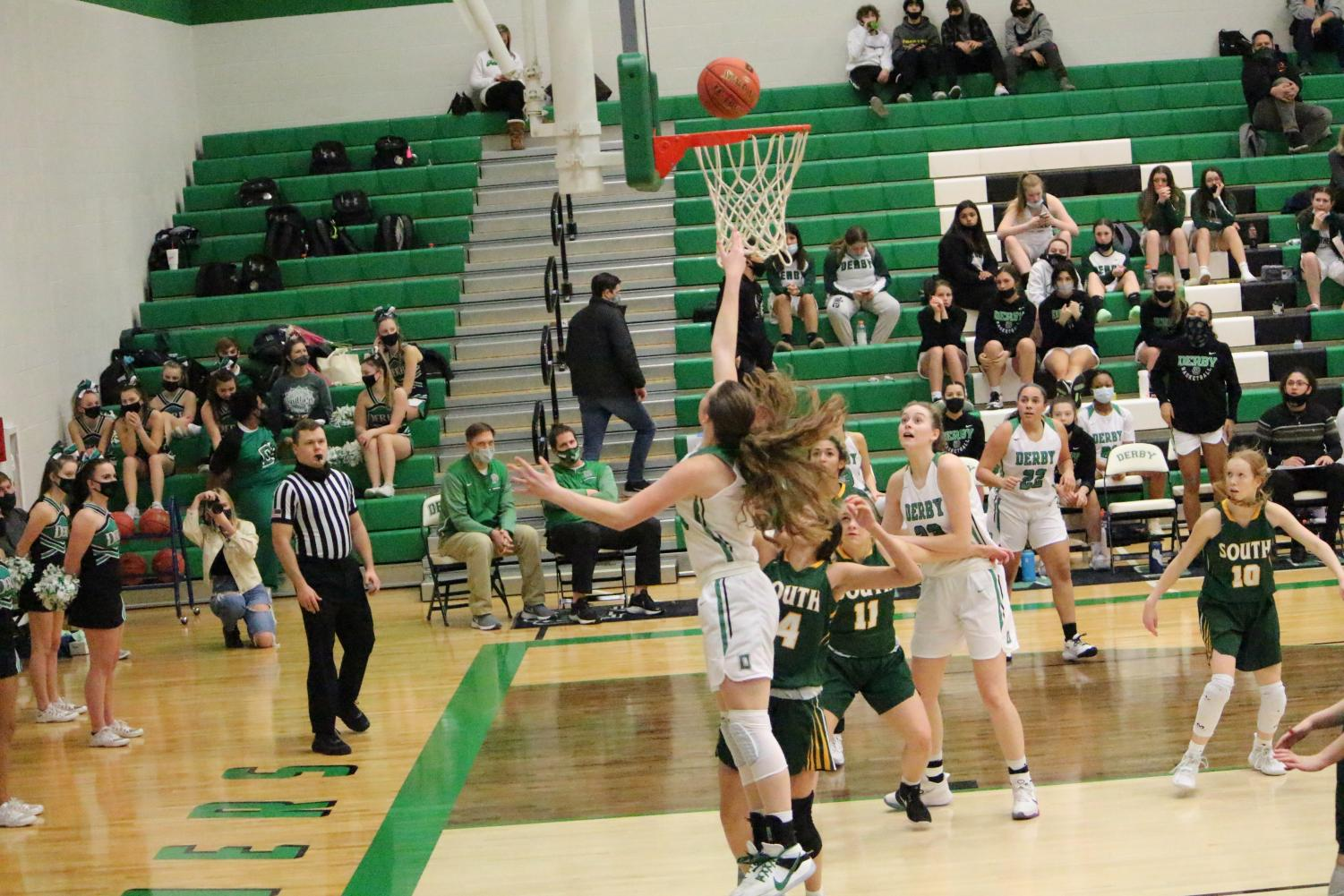 Girls+Varsity+Basketball+vs+Salina+South++%28Photos+by+Talia+Ransom%29