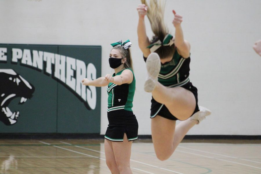 JV Cheer 2/12/21 (Photos by Joselyn Steele)