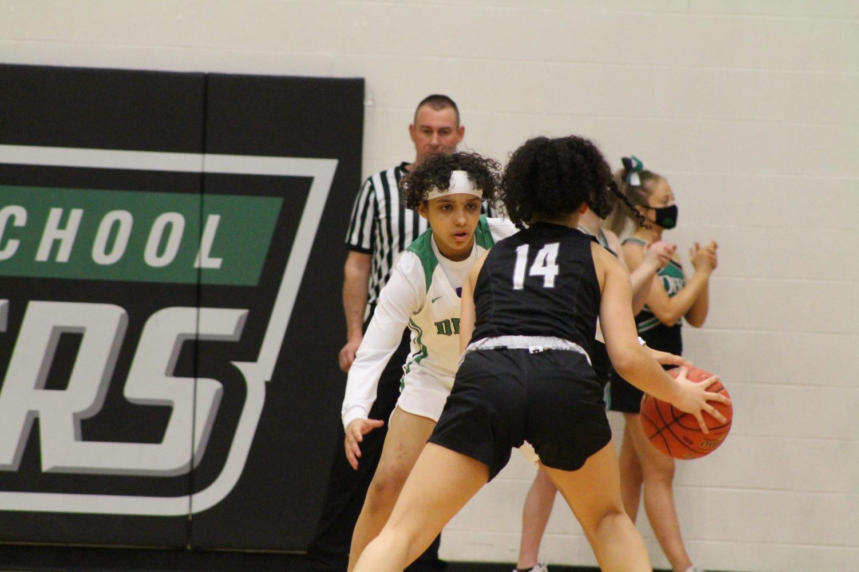 Girls+Varsity+Basketball+against+Campus+%28Photos+by+Alondra+Lopez%29