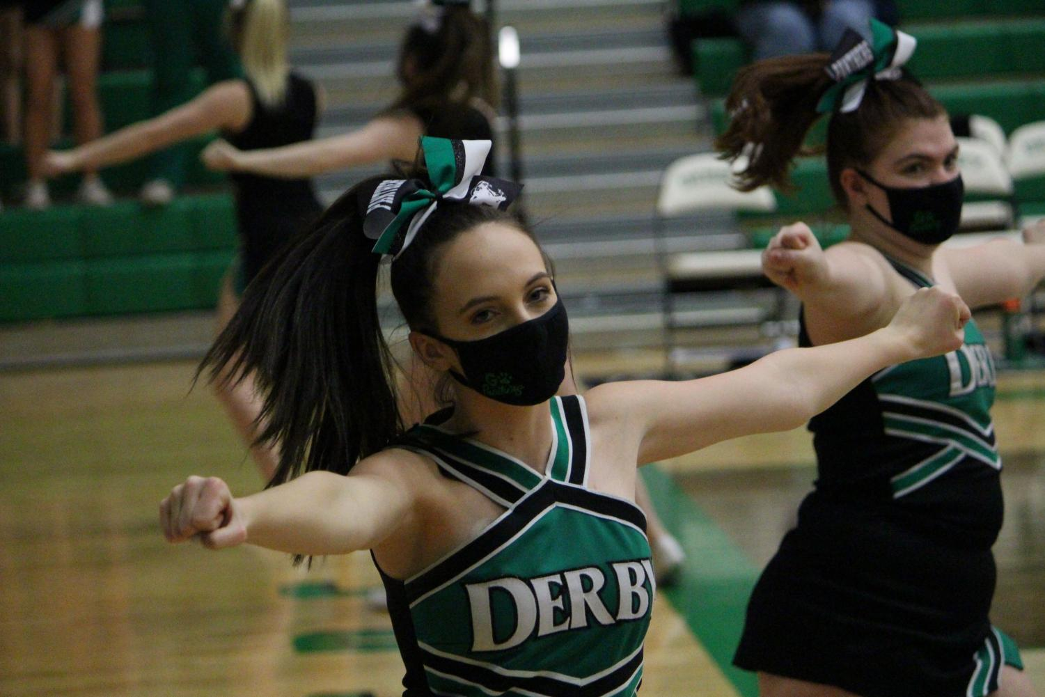 DHS+Cheerleading+Campus+Game+%28Photos+by+Talia+Ransom%29