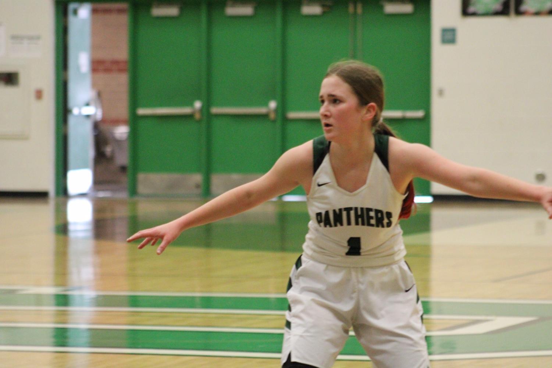 Freshman+Girls+Basketball+vs+Maize+South+%28Photos+by+Joselyn+Steele%29