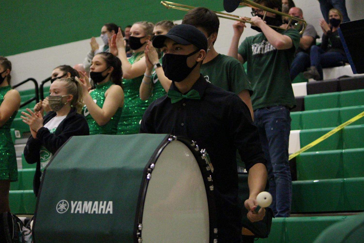 DHS+Basketball+Band+Campus+Game%28Photos+by+Talia+Ransom%29