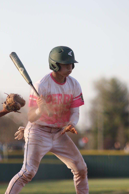 Varsity+Baseball+Double+Header+v.+Newton+%28Photos+by+Mersadie+Kiewel%29