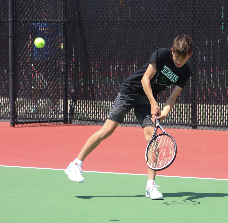 Boys+Tennis+Varsity+League+5%2F3+%28Photos+by+Kiley+Hale%29
