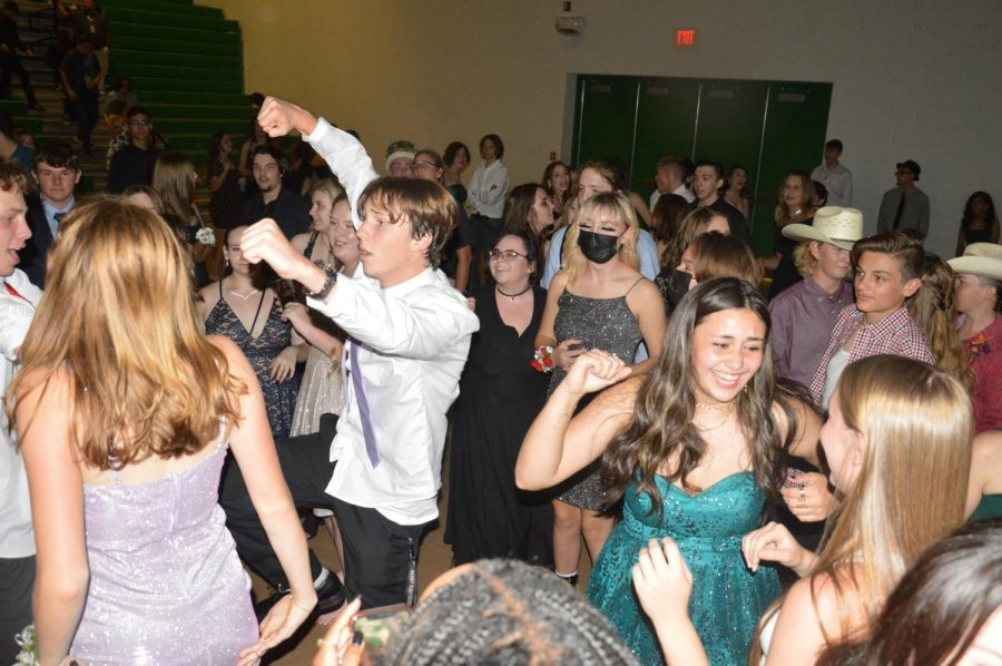 Homecoming Dance (Photos by Haley Waughtal)
