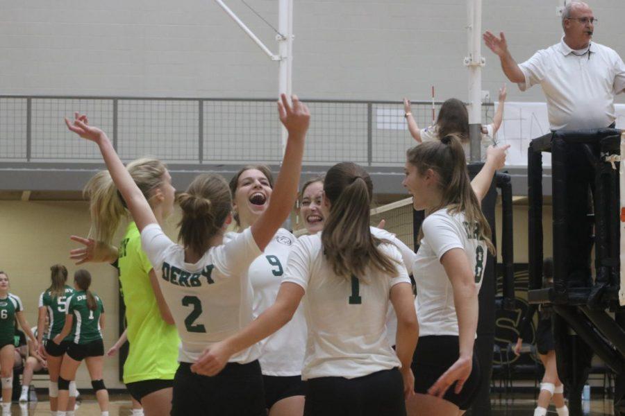 Varsity Volleyball at Maize South (Photos by Lolaina Gutierrez)